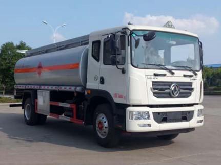 东风多利卡D9 12吨加油车