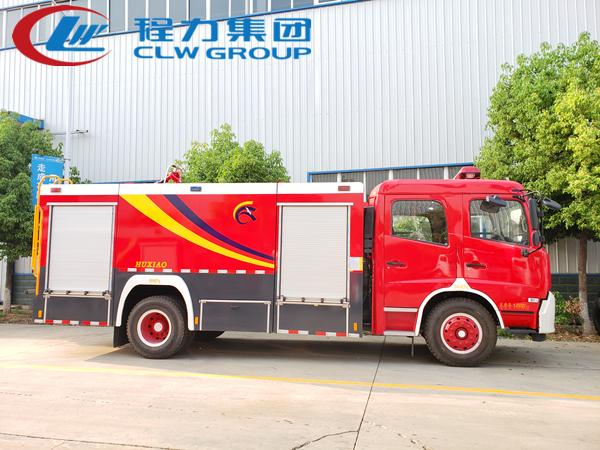 東風天錦6噸泡沫消防車