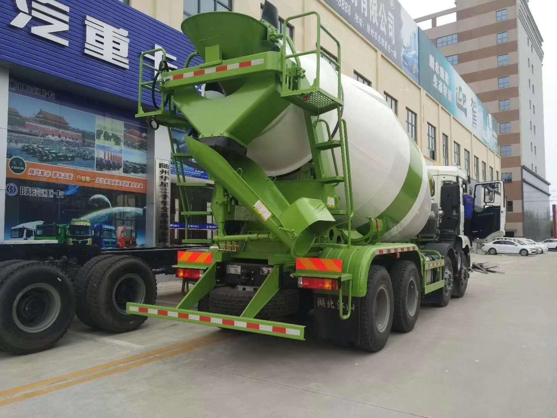 陕汽德龙12方大型搅拌车,您的赚钱利器图片