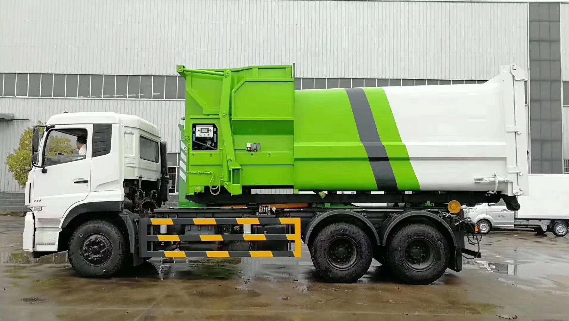 东风天龙18吨压缩式垃圾车图片