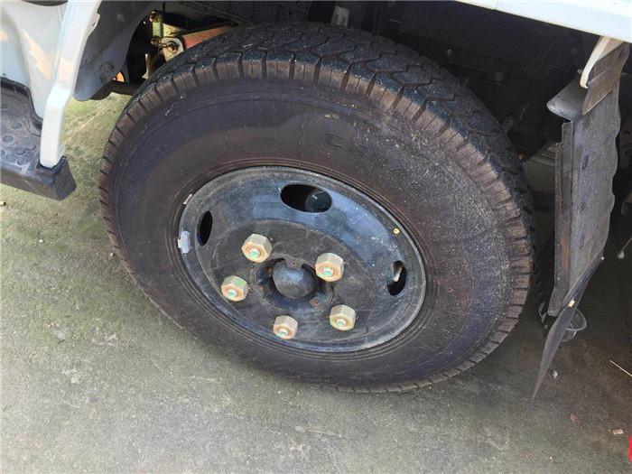 蓝牌江铃爆破器材运输车轮胎图