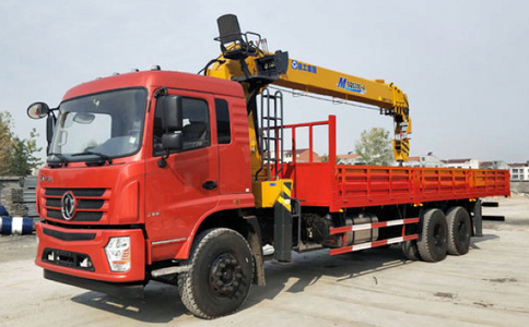 东风新款12吨双联泵随车吊视频