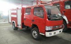 东风153型8吨水罐消防车图片
