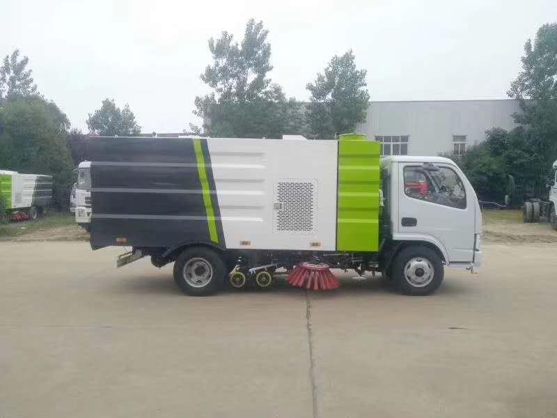 新款小型洗掃車圖片