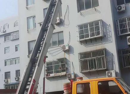 江铃28米云梯车 (2)
