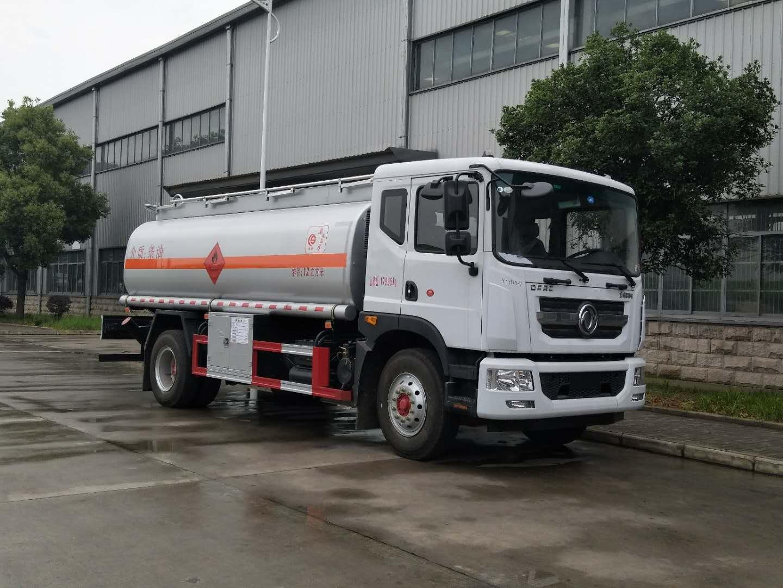 东风12吨油罐车多方位展示视频