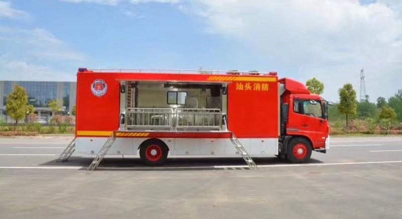 东风天锦后勤保障餐车