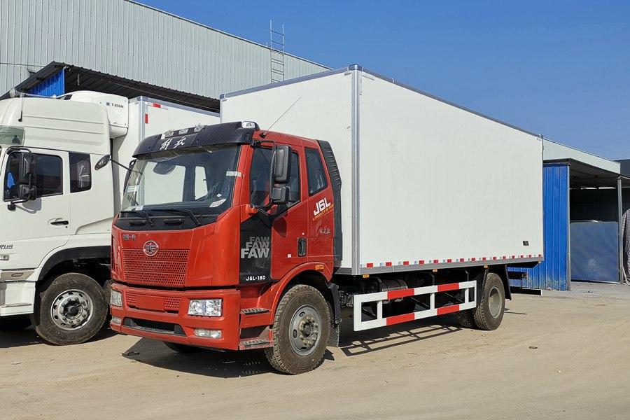 解放6.8,7.5米冷藏车