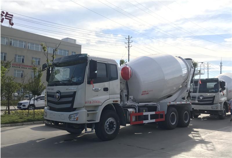 福田欧曼12-15方混凝土搅拌车