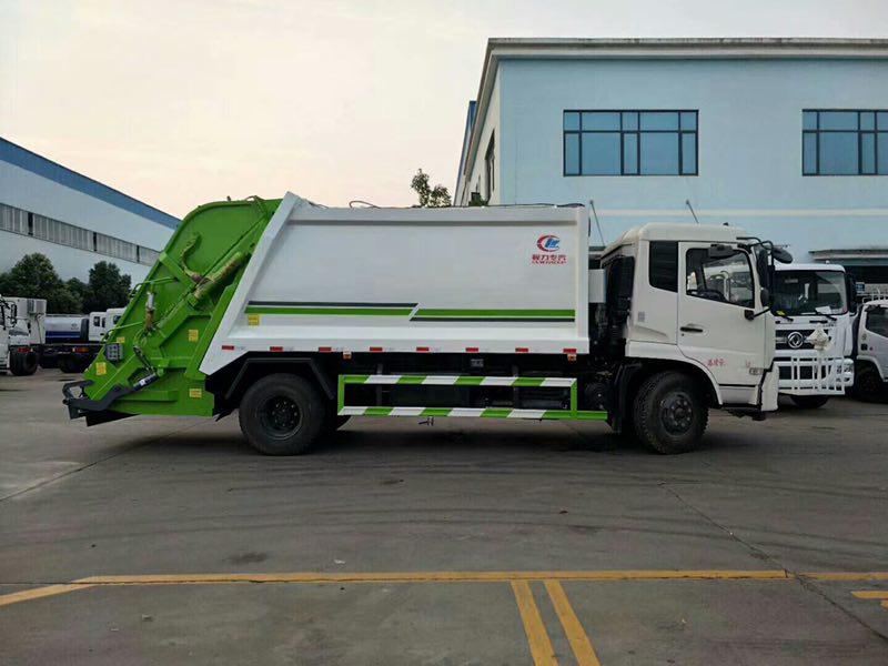 东风多利卡系列的压缩垃圾车
