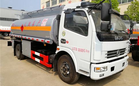 营运达标的5吨8吨10吨15吨油罐车带营运证出售视频