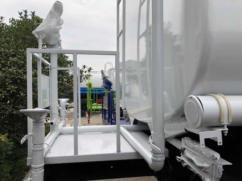 东风天锦12方二手洒水车图片
