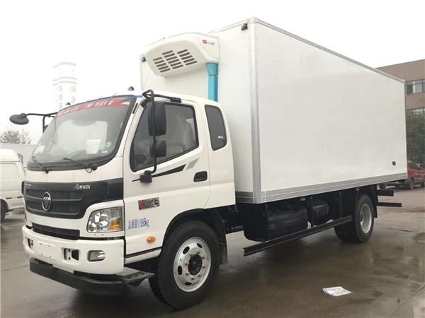 福田欧马可排半6.1米冷藏车