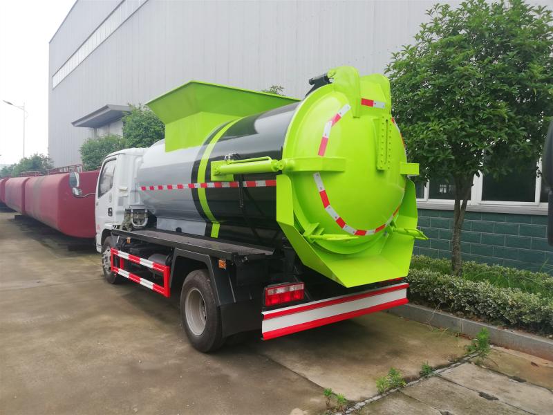 新款小多利卡东风餐厨垃圾车,3方餐厨垃圾车价格