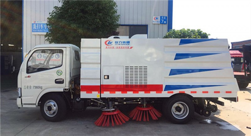 程力东风多利卡5方扫路车适合在什么路面清扫工作?