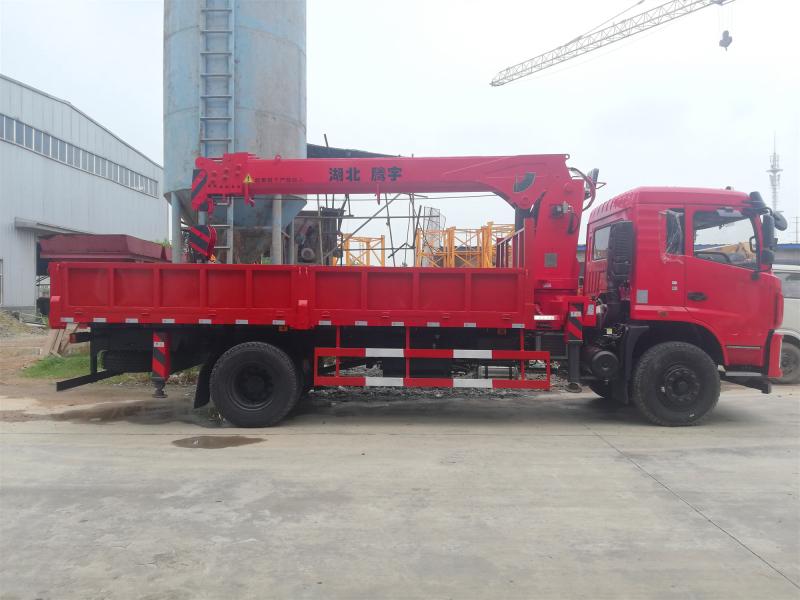 D3S东风随车吊,新款东风10吨随车起重运输车