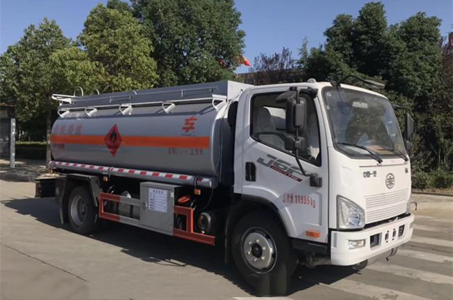 二手10吨油罐车现货 解放10吨油罐车