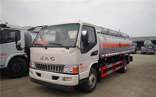 江淮駿鈴7噸加油車