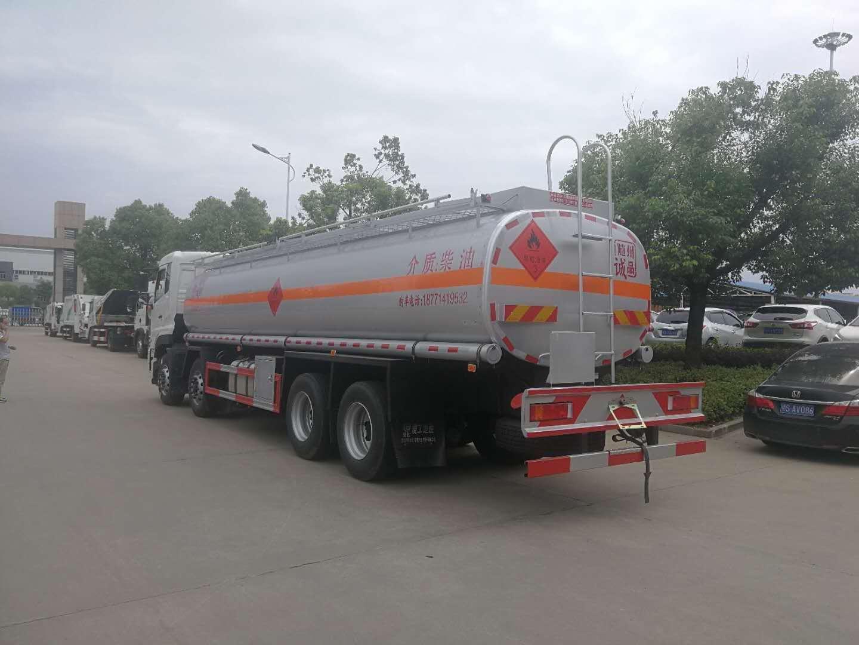 东风天龙16-20吨油罐车