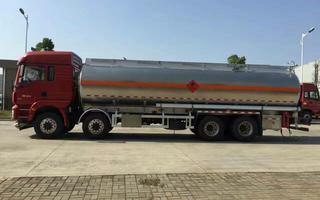 轉讓國三國四國五5噸10噸上戶 不上戶 油罐車低價銷售圖片
