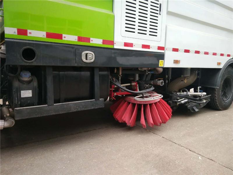 洗掃車現場操作效果