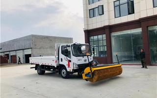 凱達2米5除雪滾刷 安裝小型貨車效果!圖片專汽詳情頁圖片