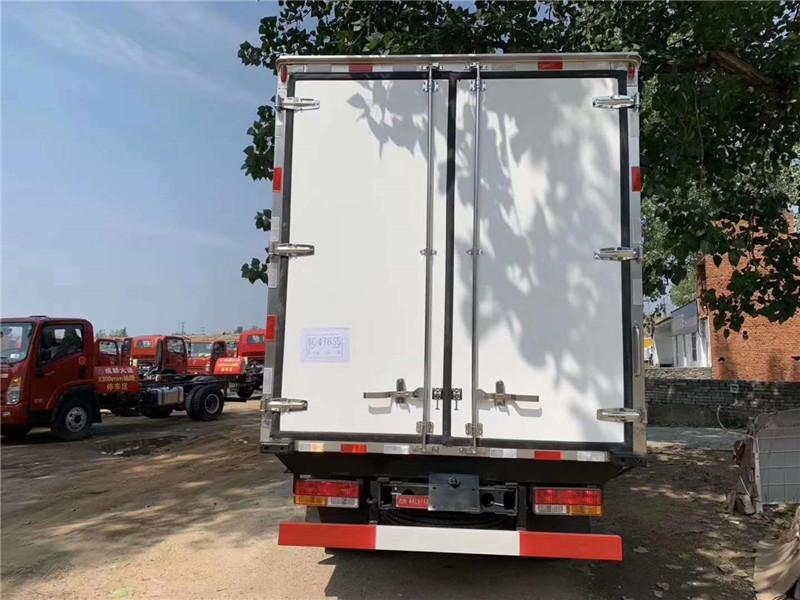 冷藏车拉鲜肉 大运蓝牌冷藏车 4米2冷藏车上 蓝牌冷藏车(图2)