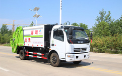 環保垃圾車分類 8方壓縮垃圾車價格圖片