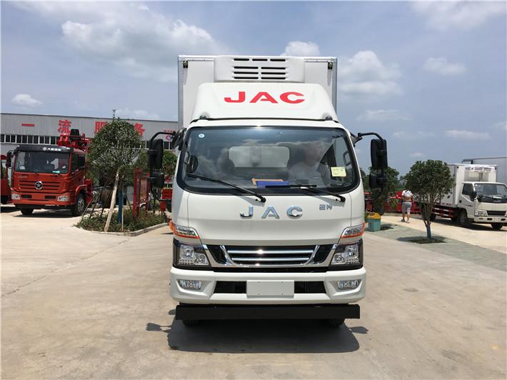 江淮骏铃V7 6.2米冷藏车图片