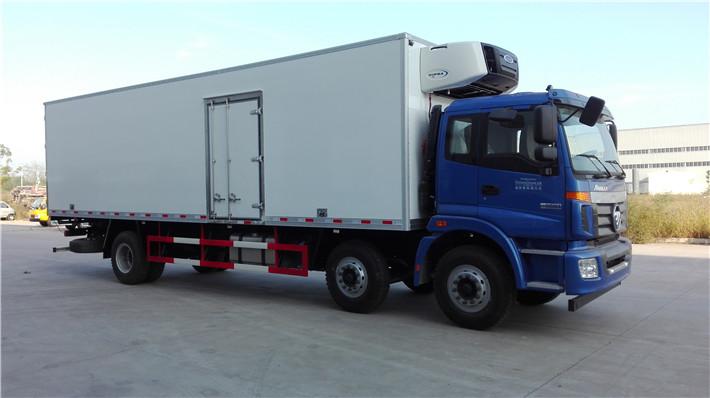 福田欧曼小三轴9.6米冷藏车图片
