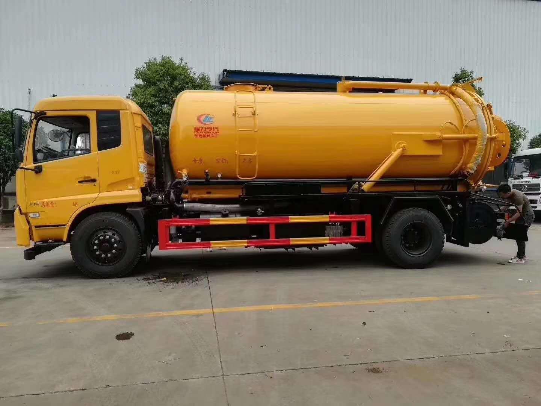 厂家供应吸污车全国送货直销报价车间生产工艺
