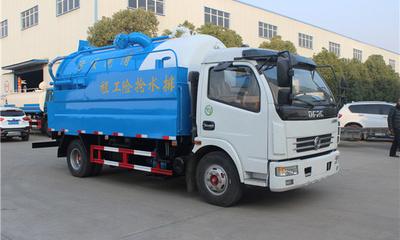 程力威東風5噸清洗吸污車配置哪里的好