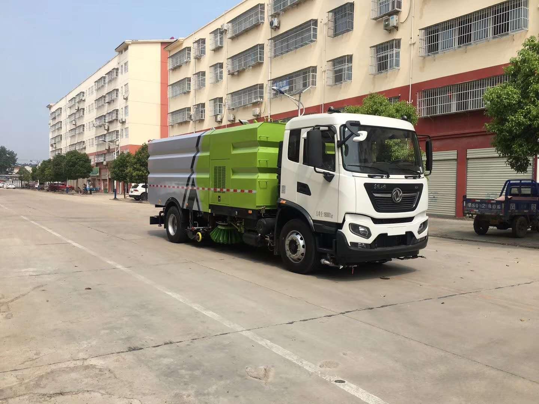 东风天锦210马力洗扫车,直径50mm石子直接吸进垃圾箱效果看视频