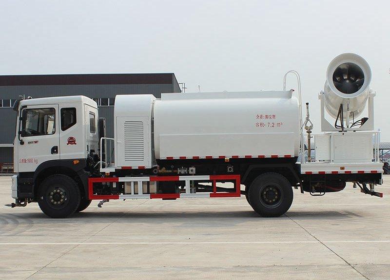 东风T5单桥10吨洒水车80米抑尘车