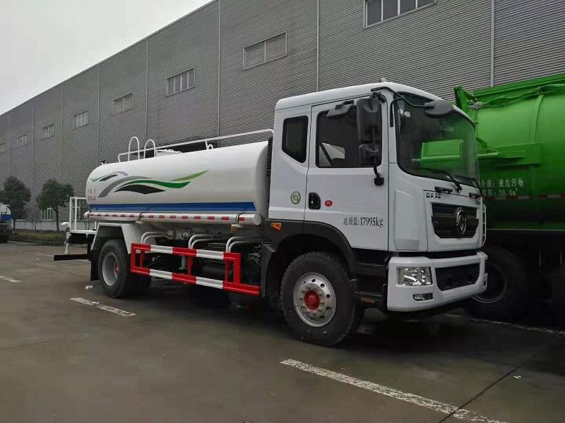 东风多利卡D9 12吨洒水车绿化洒水车,成功需借东风!视频