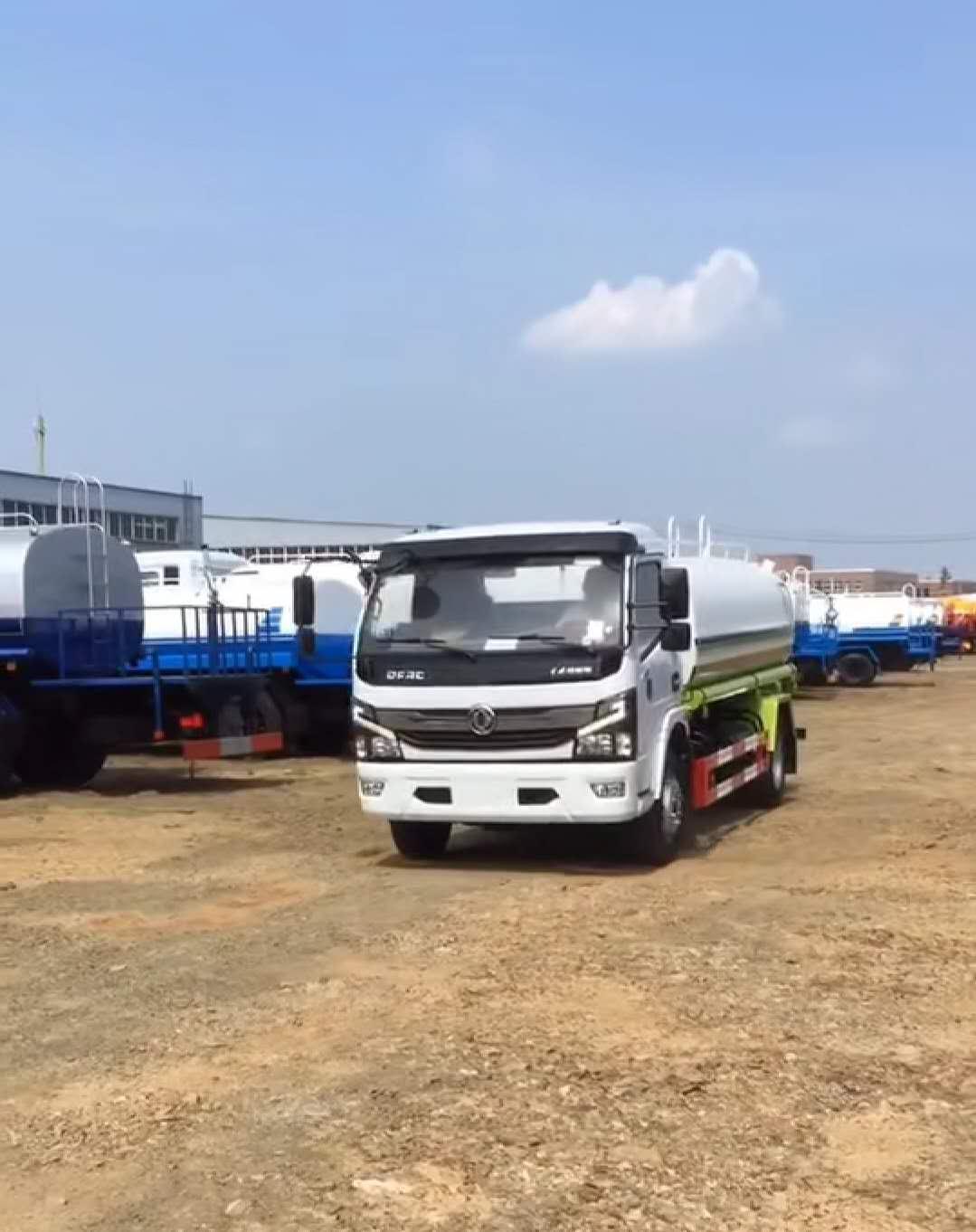 国六8吨东风多利卡D7洒水车厂家最新图片图片