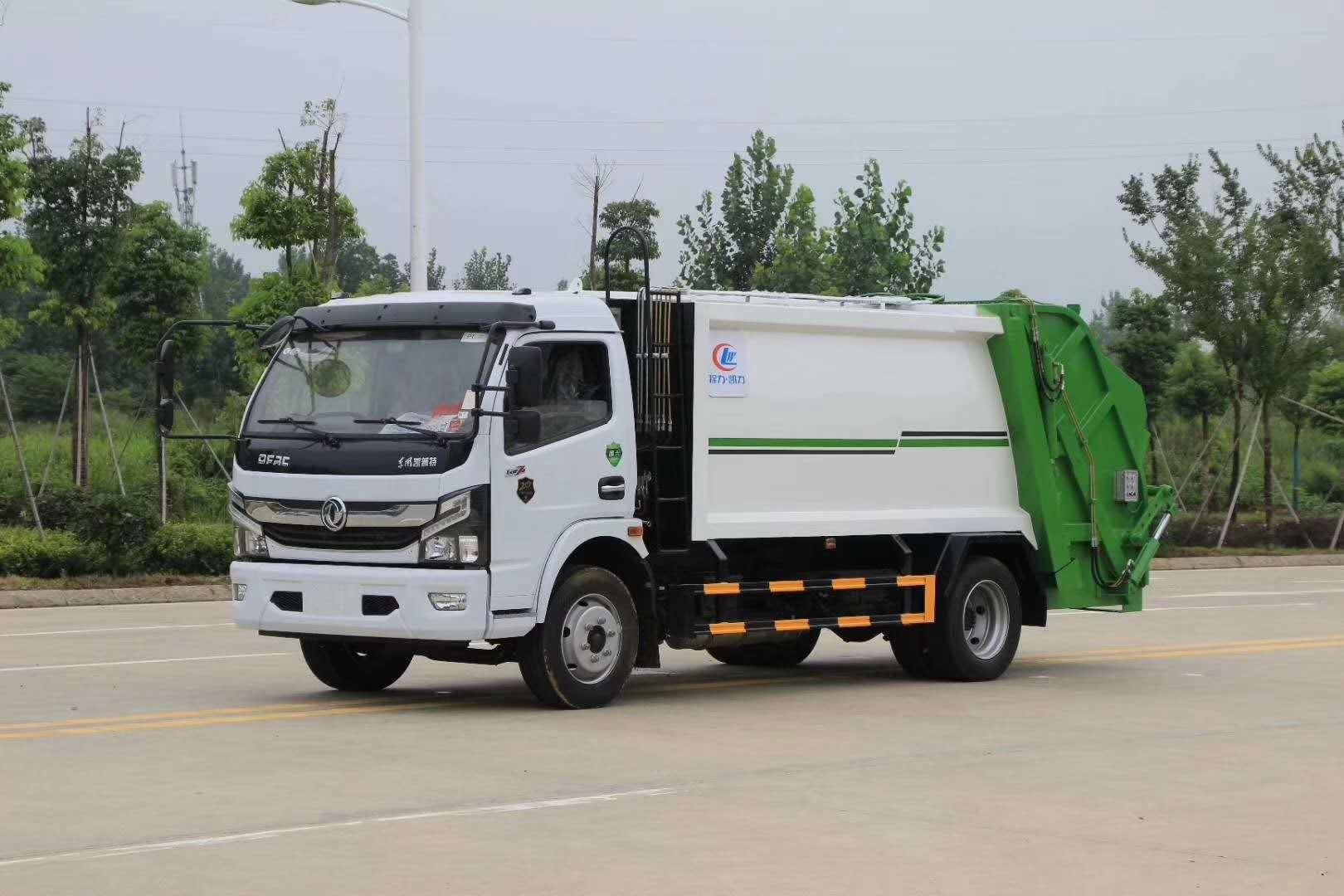 国六东风D6多利卡5方压缩垃圾车