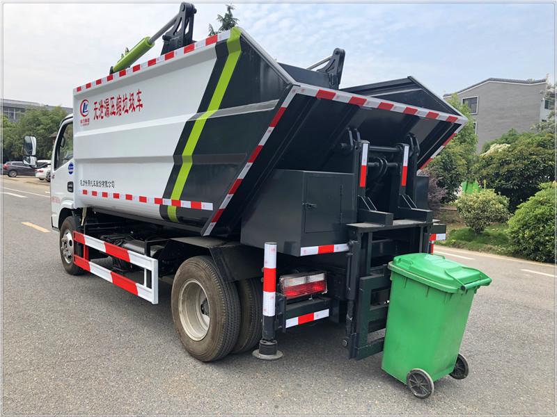 国六新上市后装式无漏泄压缩垃圾车避免运输二次污染