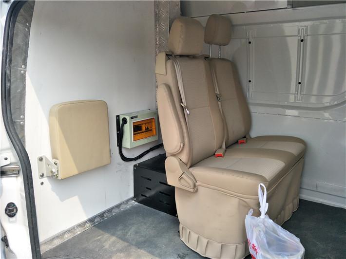 国六福田G7面包冷藏车图片
