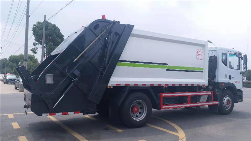 国六东风多利卡12方压缩垃圾车图片