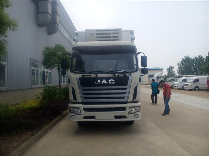 江淮格爾發7.6米冷藏車圖片