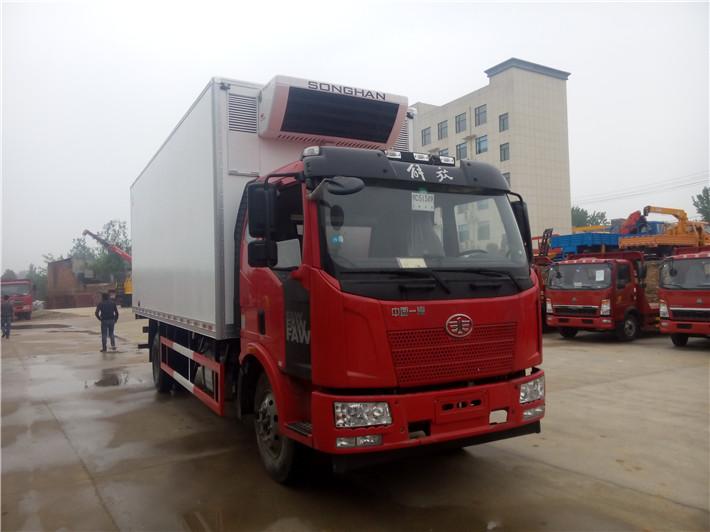 解放J6L 7.6米冷藏车图片