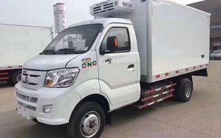 国六 重汽王牌油/气3.3米冷藏车