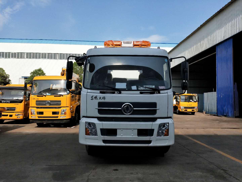 东风天锦大平板拖车救援车180马力厂家带吊图片图片