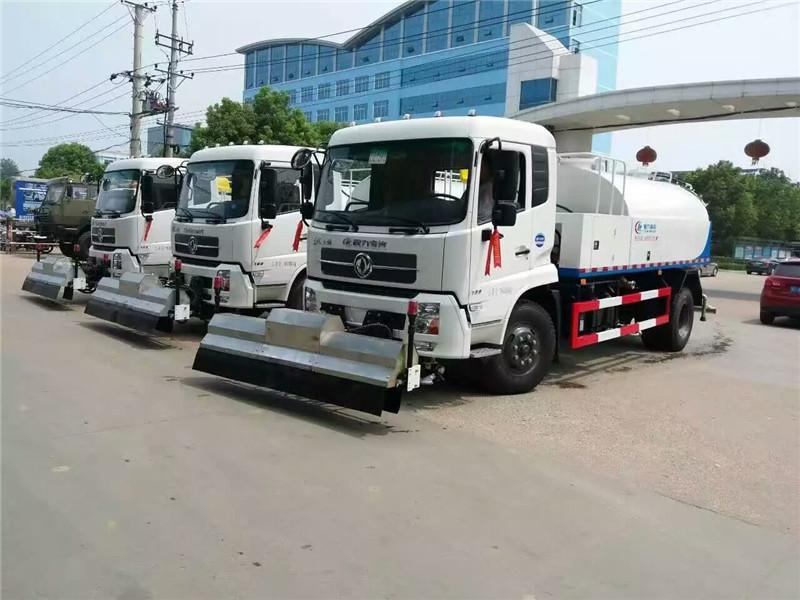 东风天锦8吨道路清洗车