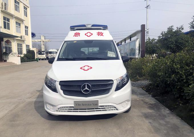 奔馳威霆救護車 (4)