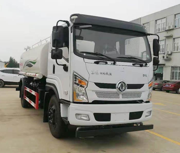 东风专底12吨绿化喷洒车