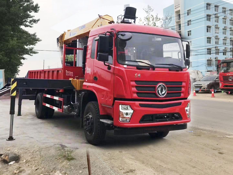 (6.3-8吨吊机)东风随车起重运输车