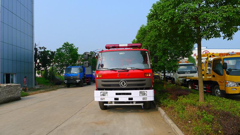 东风多利卡各种型号水罐消防车泡沫消防车湖北江南专业厂家热销图片