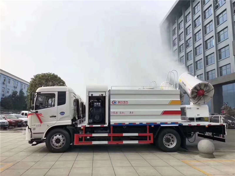 东风D9绿化喷洒车30-40米雾炮车12方多功能喷洒车厂家直销